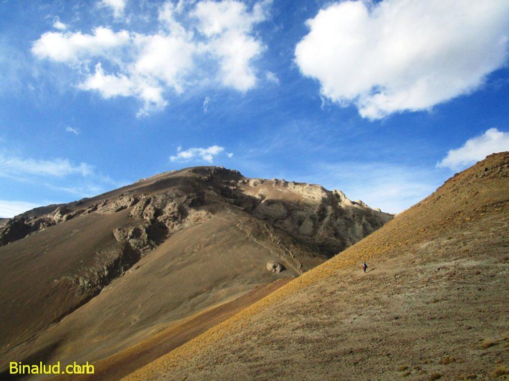 قله آزادکوه و گردنه چورن
